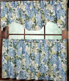 Hydrangea Bloom Tier Curtains