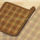 Straw Plaid Potholder